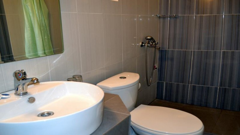 Economy Double (Private Bathroom)